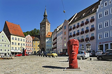 Main square with wooden sculptures by Josef Lang and Schmalzturm tower, Landsberg am Lech, Bavaria, Germany, Europe