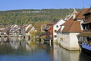 Loue River, village, Ornans, Besancon, departement of Doubs, Franche-Comte, France, Europe, PublicGround