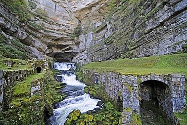 Source de la Loue, river head of the Loue River, Ouhans, departement of Doubs, Franche-Comte, France, Europe, PublicGround