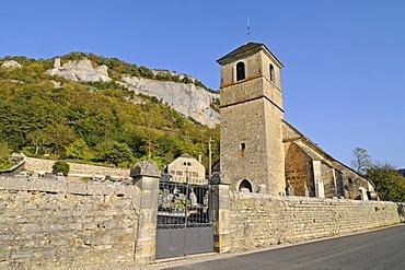 Village church, graveyard, village, community, Baume-les-Messieurs, Lons-Le-Saunier, Department of Jura, Franche-Comte, France, Europe, PublicGround
