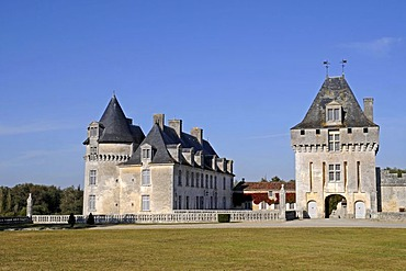 Chateau de la Roche Courbon, castle, Saint Porchaire, Saintes, Charente-Maritime, Poitou-Charentes, France, Europe