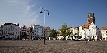 Gabled houses on the market, Wismar, Mecklenburg-Western Pomerania, Germany, Europe, PublicGround