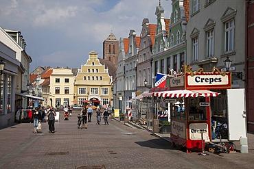 Kraemerstrasse with Loewenapotheke pharmacy, Wismar, Mecklenburg-Western Pomerania, Germany, Europe, PublicGround