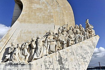 Padrao dos Descobrimentos, Monument to the Discoveries, monument with major Portuguese seafaring figures on the banks of the Rio Tejo, Tagus river, Belem, Lisbon, Portugal, Europe