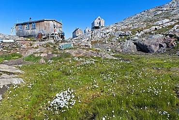 Inuit houses, Inuit settlement Tiniteqilaaq, Sermilik Fjord, East Greenland