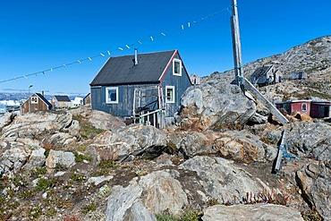 Inuit house, Inuit settlement Tiniteqilaaq, Sermilik Fjord, East Greenland