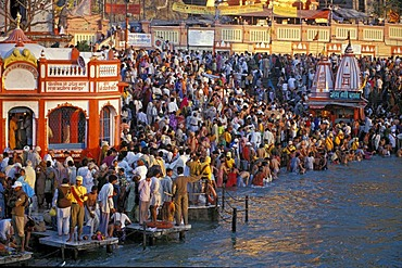 During Kumbha Mela or Kumbh Mela, the pilgrims are taking a bath in the Ganges river, Har Ki Pauri-Ghat, famous bathing ghat at Haridwar or Hardwar, Uttarakhand, formerly Uttaranchal, North India, India, Asia