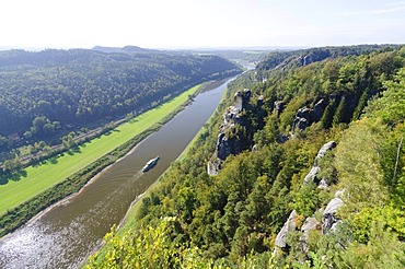 View of the Elbe River as seen from Bastei rock formation, Elbe Sandstone Mountains, Saxon Switzerland district, Saxony, Germany, Europe