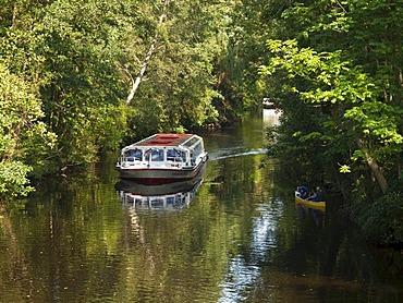Excursion boat on Skagerrakkanal canal, Hamburg, Germany, Europe