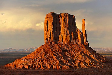West Mitten Butte table mountain in the evening light after a thunderstorm, Monument Valley, Navajo Tribal Park, Navajo Nation Reservation, Arizona, Utah, United States of America