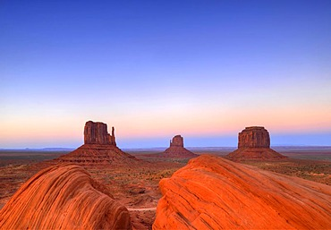 Last light on mesas, West Mitten Butte, East Mitten Butte, Merrick Butte, Scenic Drive, sunset, dusk, Monument Valley, Navajo Tribal Park, Navajo Nation Reservation, Arizona, Utah, United States of America, USA
