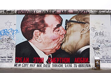 East Side Gallery, Berlin Wall, Brotherly Kiss, Erich Honecker and Leonid Brezhnev, Berlin, Germany, Europe