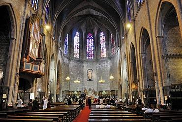Interior, Santa Maria del Pi, Placa del Pi, Placa de Sant Josep Oriol, Gothic Quarter, Barri Gotic, Barcelona, Catalonia, Spain, Europe, PublicGround
