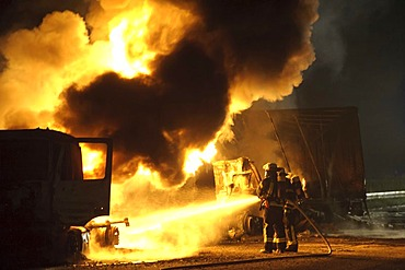 Two burning trucks, including a tanker with heating oil, fatal accident on the A8 motorway, Stuttgart, Baden-Wuerttemberg, Germany, Europe