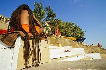 Long dreadlocks, sign of many Shiva sadhus, Varanasi, Uttar Pradesh, India, Asia