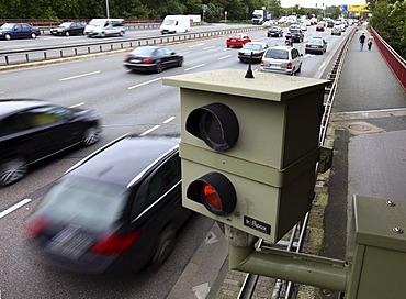 Radar controlled speed monitoring with a speed camera, on the federal road B223, Konrad-Adenauer-Allee, in a 60 kilometers per hour speed-limit zone, Oberhausen, North Rhine-Westphalia, Germany, Europe
