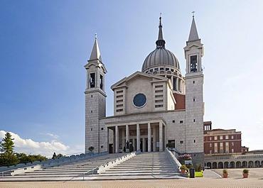 Colle Don Bosco, Don Bosco pilgrimage centre, pilgrimage church, Castelnuovo Don Bosco, Monferrato, Piedmont, Italy, Europe