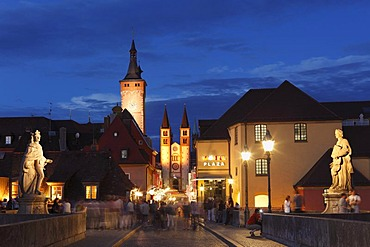 View from the Old Main Bridge, Domstrasse with Grafeneckart Tower and Wuerzburg Cathedral, Wurzburg, Lower Franconia, Franconia, Bavaria, Germany, Europe