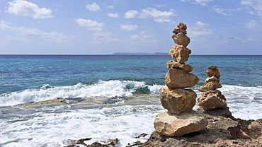 Cairns, Cap des Salines, Majorca, Spain, Europe
