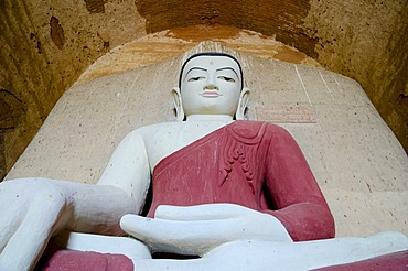 Buddhism, seated Buddha figure in the pagoda of Htilominlo Temple from the 13th Century, one of the last great temples built before the fall of the Bagan Dynasty, Old Bagan, Pagan, Burma, Myanmar, Southeast Asia, Asia