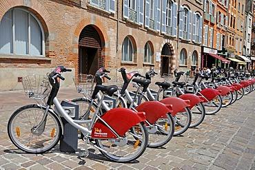 Rental bikes, Place Saint Etienne square, Toulouse, Departement Haute-Garonne, Midi-Pyrenees, France, Europe