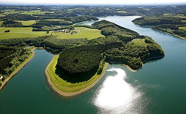 Aerial view, Grosse Dhuenntalsperre dam, drinking water reservoir, Bergisches Land region, North Rhine-Westphalia, Germany, Europe