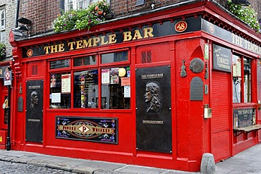 The Temple Bar, Crown Alley, Dublin, Republic of Ireland, Europe