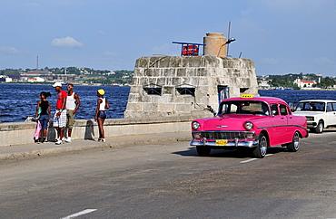Vintage car on the Malecon esplanade, Havana, Cuba, Caribbean