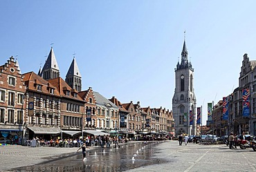Cathedral Notre Dame de Tournai, built from 1110 to 1325, and belfry from 1200, UNESCO World Heritage Site, Grand Place, Tournai, Province of Hainaut, Wallonia, Belgium, Europe