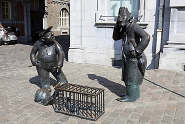"""Memorial to Jean Legrand's cartoon characters """"Djoseph and Franchwes"""" or Joseph and Franccoise, in front of the Centre de Congres, Namur, Walloon Region or Wallonia, Belgium, Europe"""