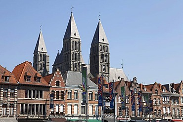 Grand Place with the cathedral Notre-Dame, built 1110-1325, UNESCO world cultural heritage site, Tournai, Province of Hainaut, Walloon Region or Wallonia, Belgium, Europe