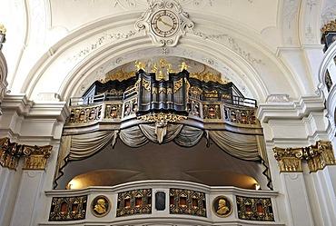 Baroque organ, abbey church, Augustinian monastery, Duernstein Abbey, Wachau Cultural Landscape, a UNESCO World Heritage site, Lower Austria, Austria, Europe