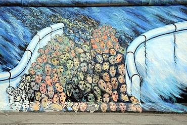 Mural, crowds breaking through the Berlin Wall, the fall of the Berlin Wall, Berlin Wall, East Side Gallery, Berlin, Germany, Europe