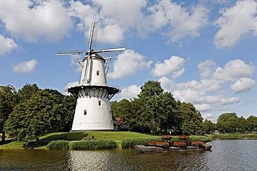 Historic Dutch windmill De Hoop, Middelburg, Walcheren, Zeeland, Netherlands, Europe