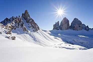 View from Drei Zinnen Huette refuge towards the Tre Cime di Lavaredo or Drei Zinnen, with Paternkofel or Paterno mountain behind, Alta Pusteria or Hochpustertal valley, Sesto or Sexten, Dolomites, South Tyrol, Italy, Europe