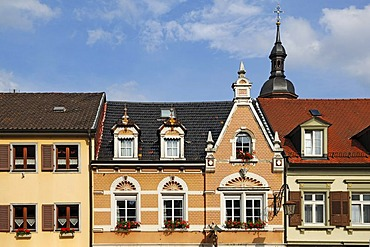 Facade of 1897, tower of Marienkirche, St. Mary's Church, at back, Oberdorfstrasse, Gengenbach, Baden-Wuerttemberg, Germany, Europe