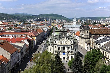 View of Kosice with State Theatre and Hlavna pedestrian zone, Kosice, Slovakia, Europe