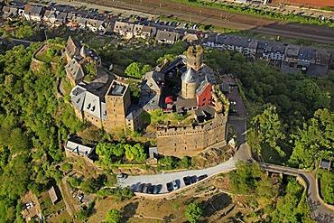 Aerial view, Burghotel Auf Schoenburg Hotel, castle, Sankt Goar-Oberwesel, Rhineland-Palatinate, Germany, Europe