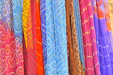 Colourful fabrics, silk and cotton, Jaipur, Rajasthan, northern India, Asia