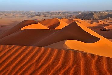 Red sand dune at Tin Merzouga, Tadrart, Tassili n'Ajjer National Park, Unesco World Heritage Site, Algeria, Sahara, North Africa