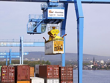 Loading bridge with container in the container terminal Mainz am Rhein, Mainz, Rhineland-Palatinate, Germany, Europe