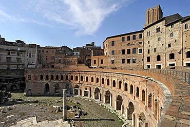 Trajan's Market with Tabernae or single room shops and Torre delle Milizie, Militia Tower, Via Alessandrina, Via dei Fori Imperiali, Rome, Lazio, Italy, Europe