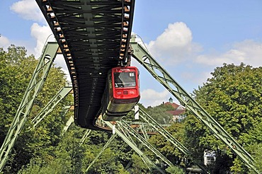 Elevated suspended monorail, Wuppertal, Bergisches Land region, North Rhine-Westphalia, Germany, Europe