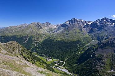 Solda mountain village, Stelvio Pass National Park, South Tyrol, Italy, Europe
