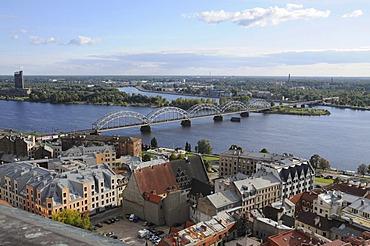 Railway bridge across the Daugava River, view of Riga, historic district, Latvia, Baltic states, Northern Europe