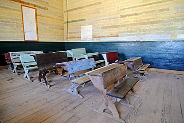 Old school desks, benches, school, Humberstone, salpetre works, abandoned salpetre town, ghost town, desert, museum, UNESCO World Heritage Site, Iquique, Norte Grande region, Northern Chile, Chile, South America