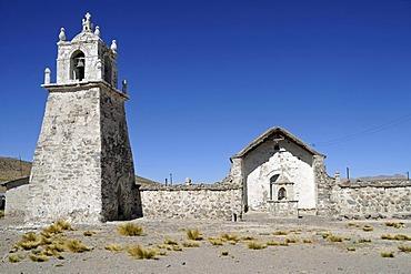 Church, Adobe architecture, Guallatiri, village, Reserva Nacional de las Vicunas, Lauca National Park, Altiplano, Norte Grande, Northern Chile, Chile, South America