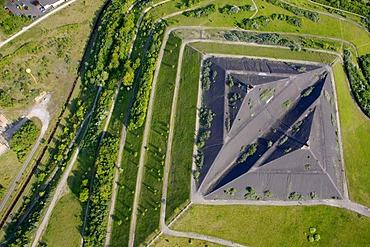 Aerial view, mine Hugo I 1, 2, with Halde Runge heap and view point, Schachtzeichen RUHR.2010, Gelsenkirchen, Ruhrgebiet region, North Rhine-Westphalia, Germany, Europe