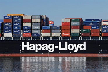 Hapag-Lloyd container ship at the Altenwerder container terminal, Hamburg, Germany, Europe