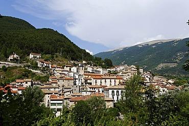 Villetta Barrea, Abruzzo National Park, province of L'Aquila, Apennines, Abruzzo, Italy, Europe